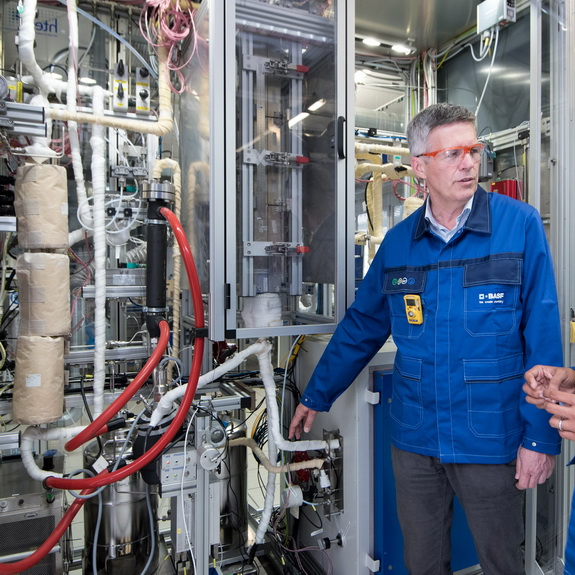 BASF develops a new process  to produce methanol  without any greenhouse gas emissions, by chemwinfo